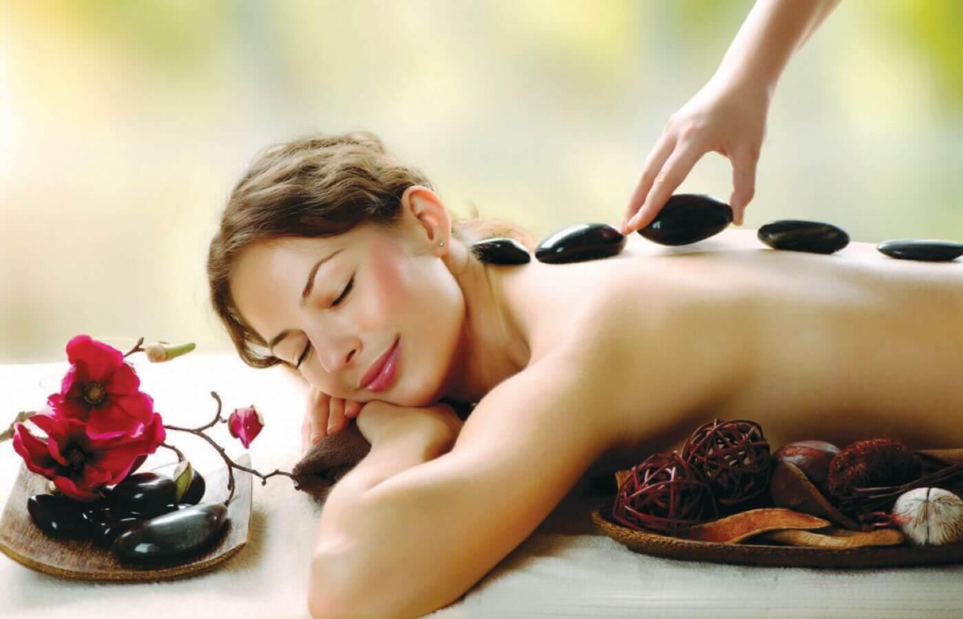 Man enjoying massage at Hotel Grand Oasis Cancun
