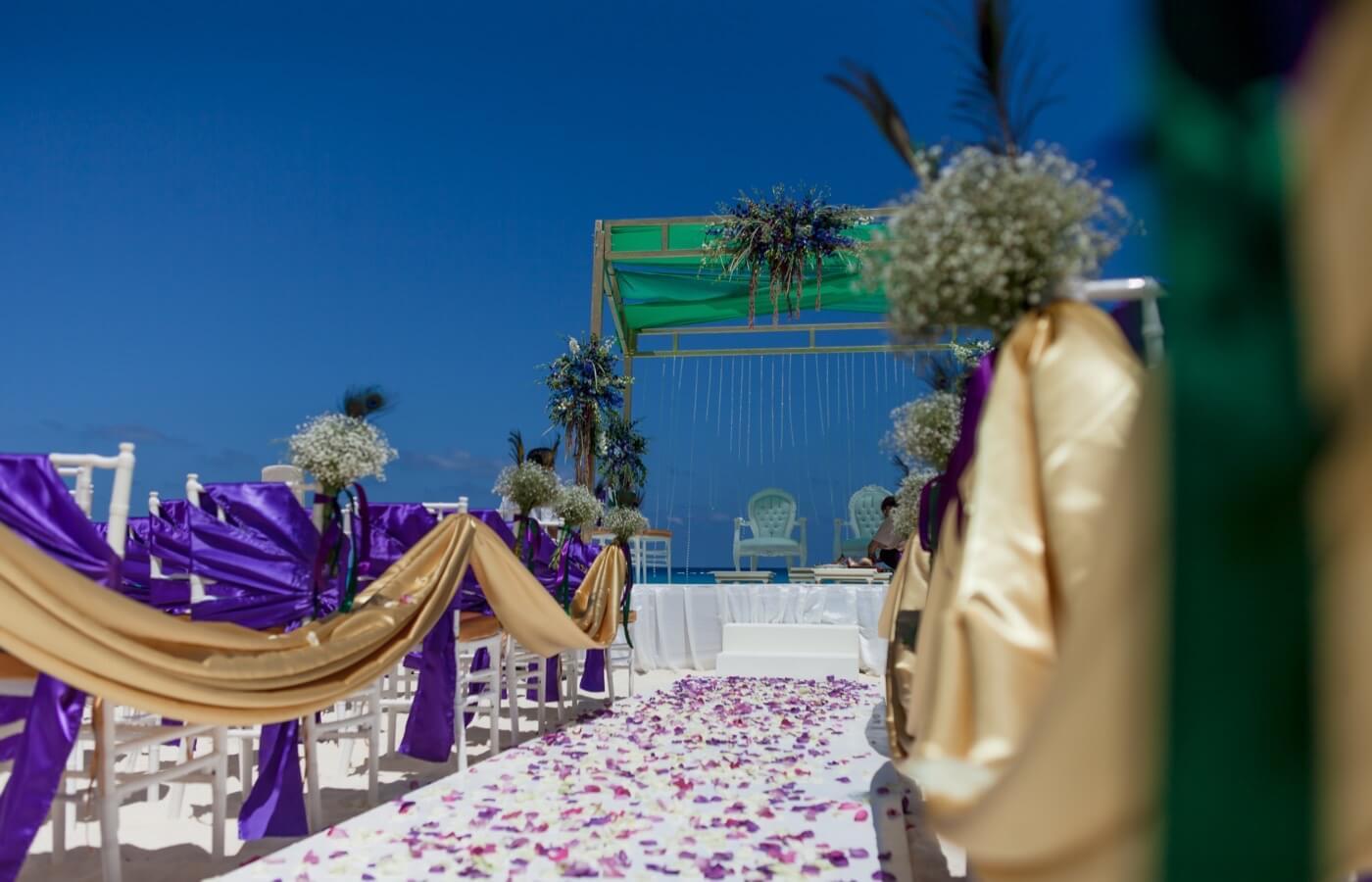 Sea view terrace altar at The Pyramid at Grand Oasis Hotel