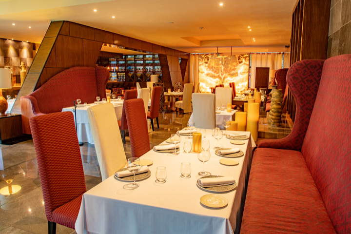 Cover image of a sample of the restaurant Careyes Restaurant