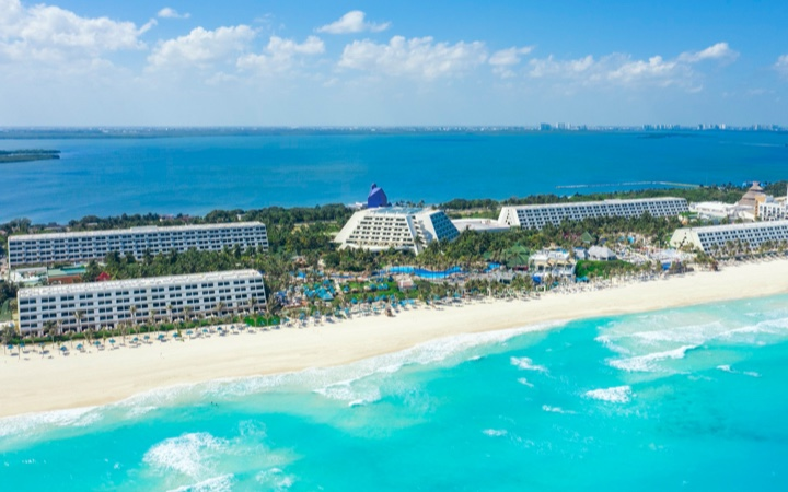 Offers Grand Oasis Cancun travel and fly outlet