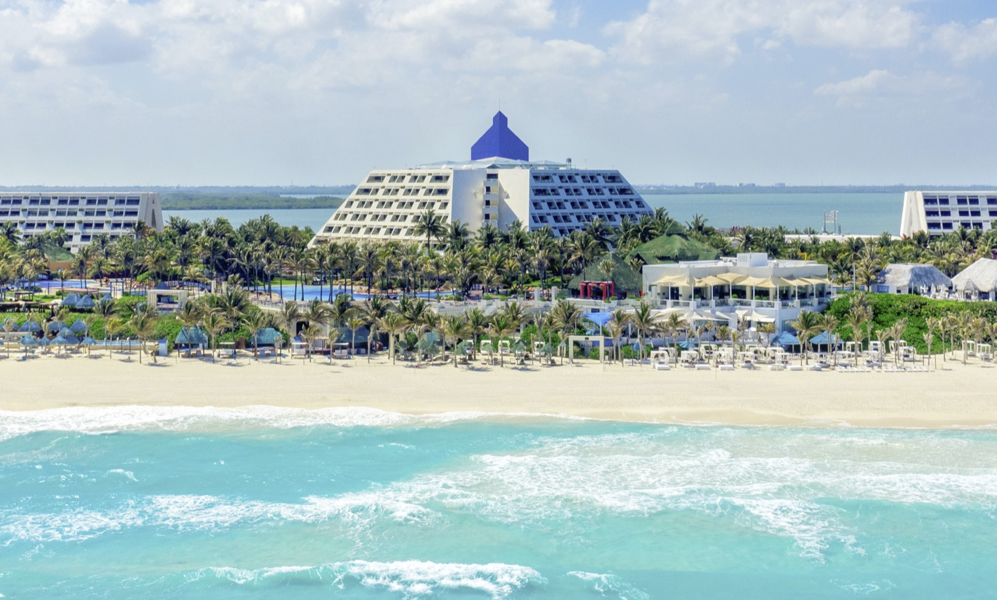 Grand Oasis Cancun >> Discover The Pyramid At Grand Cancun