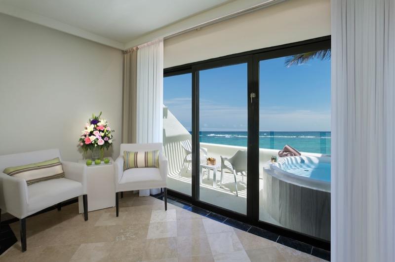 Sala en Habitación Estándar con sillones en hotel The Sian Ka'an at Grand Sens