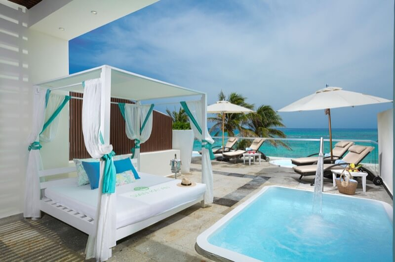 Terraza de Junior Suite con alberca privada en hotel The Sian Ka'an at Grand Tulum