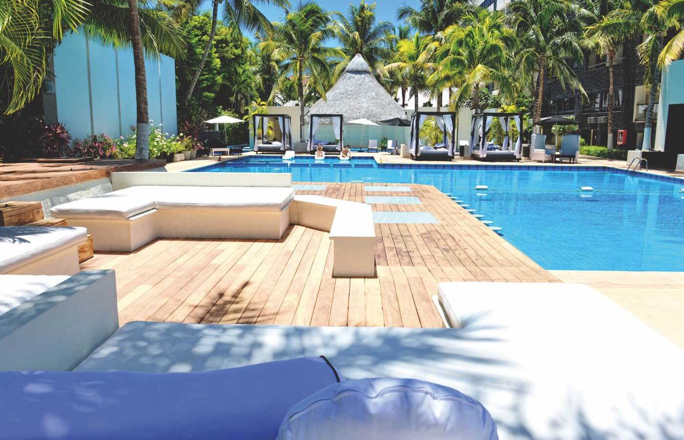 Swimming Pool Area in Hotel Oh! Cancun The Urban Oasis