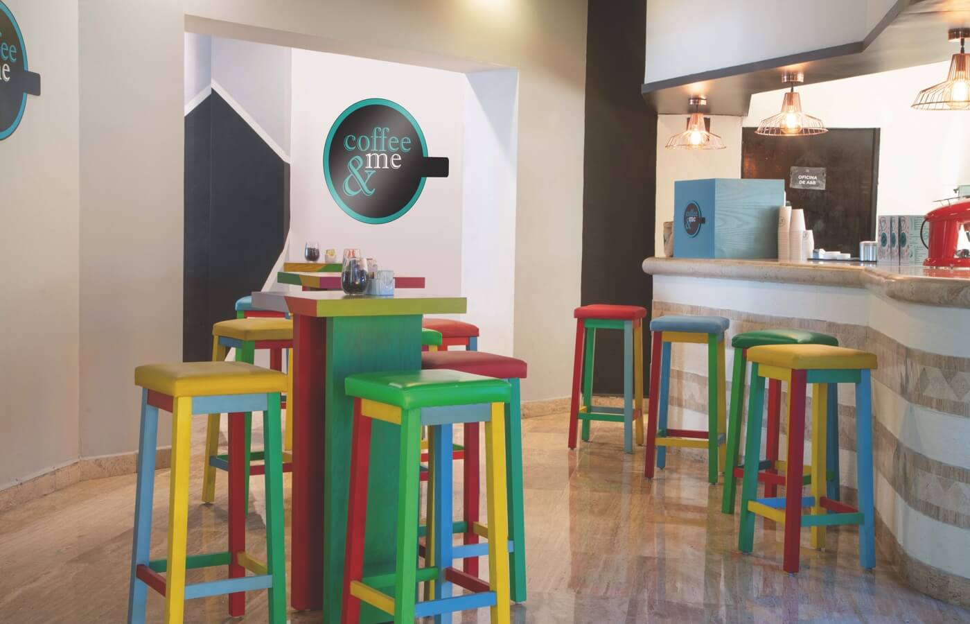 Restaurant Coffee & Me decorated with Pop Art in Hotel Oh! Cancun The Urban Oasis