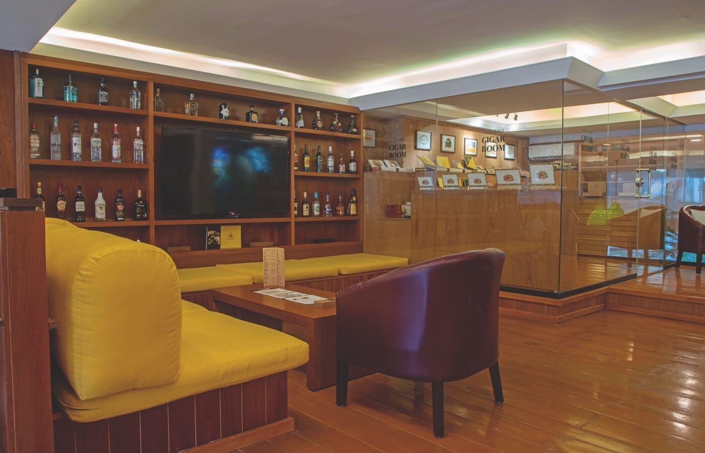 Sala de Havana Cigar Room