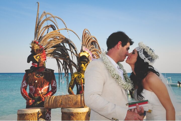 Wedding photo in O Mayan ceremony